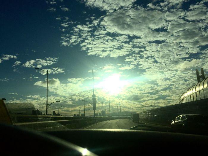 一路向陽⋯⋯⋯ 手機の拍攝遠不及眼簾看到之風景⋯⋯ 2016 景色 Sky City 太陽🌞 大地ㄉ畫作 接送 爸、媽
