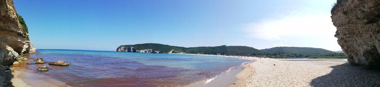 Water Tree Sea Beach Sand Clear Sky Blue Summer Rock - Object Wave