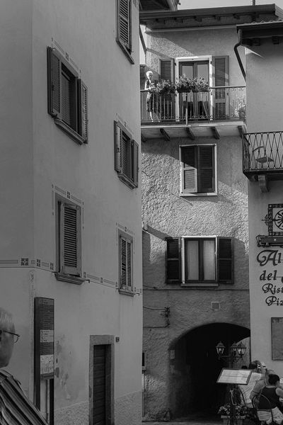 Building Exterior Architecture Outdoors Built Structure Day Italy Architecture Samsungphotography Lagodicomo Samsung S8 Travel Destinations Lombardia, Italy Close-up Varennaitaly Varennalakecomo Varenna Varenna,Italy Photography Themes