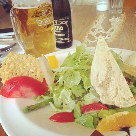 Late brunch with siblings. Salad Kirin Brunch Danshui