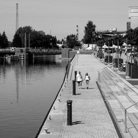 Elbląg Shades Of Grey Urban Lifestyle Streetphotography People Blackandwhite Black And White Fujifilm Fujifilm X-E2