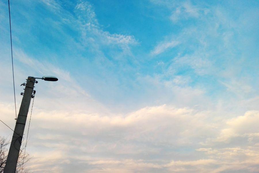 Sky Cloud - Sky No People Low Angle View Outdoors Day Wolfzuachiv Edited By @wolfzuachis Showcase: 2017 Eyeem Market On Market Veronicaionita EyeEmNewHere Ionitaveronica @WOLFZUACHiV Huaweiphotography Showcase: February Blue Sky Blue Sky White Clouds Romania
