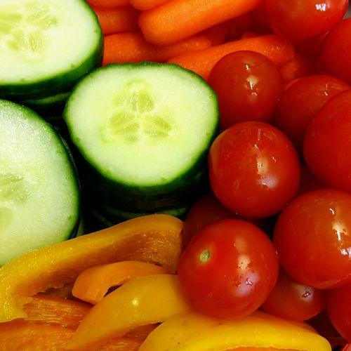 Tomaten Gurke Karotten Paprika Grün Gelb Rot Orange Bunt Colurful Red Yellow Green Colors Tomatoes Carrots Vegtables Garden Fruits Gemüse Fitness Yummy Health Food Good Maximum Closeness