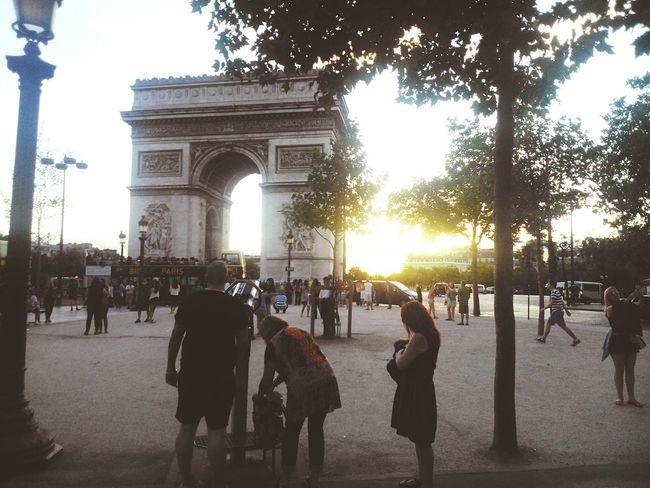 Paris L'arc De Triomphe Champs-Élysées