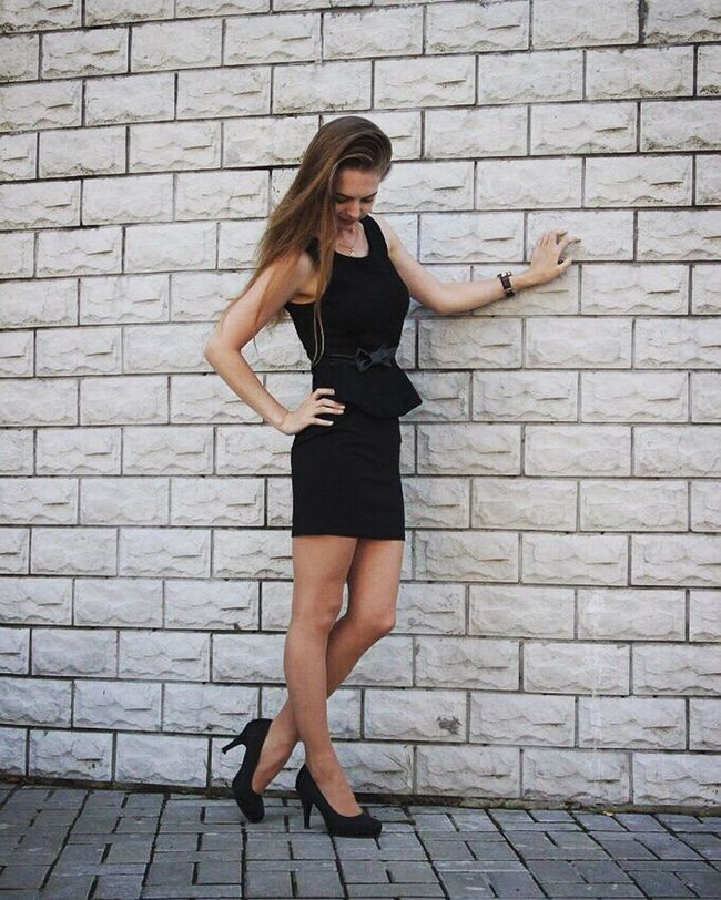 Person Young Adult Young Women Casual Clothing Lifestyles Shoe Long Hair Black Dress Model Little Black Dress Photoset  Girl