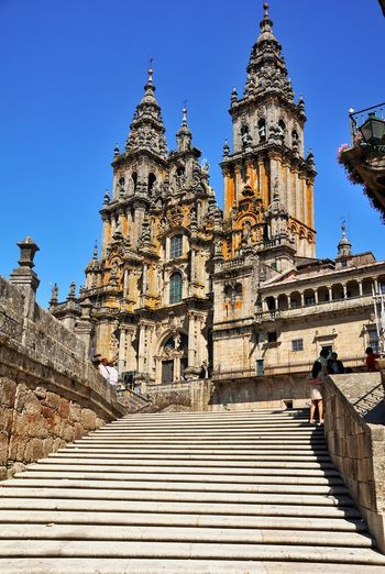 ✨Walk the Camino✨ Religion Spirituality Architecture History Compostela Jacobsweg Santiago De Compostela SPAIN Sightseeing Church Place Of Worship Blue Clear Sky Tourism Steps Travel Destinations EyeEm Best Edits EyeEm Gallery Photography Photo EyeEm Great Atmosphere Eyeemphotography Awesome Spain_gallery