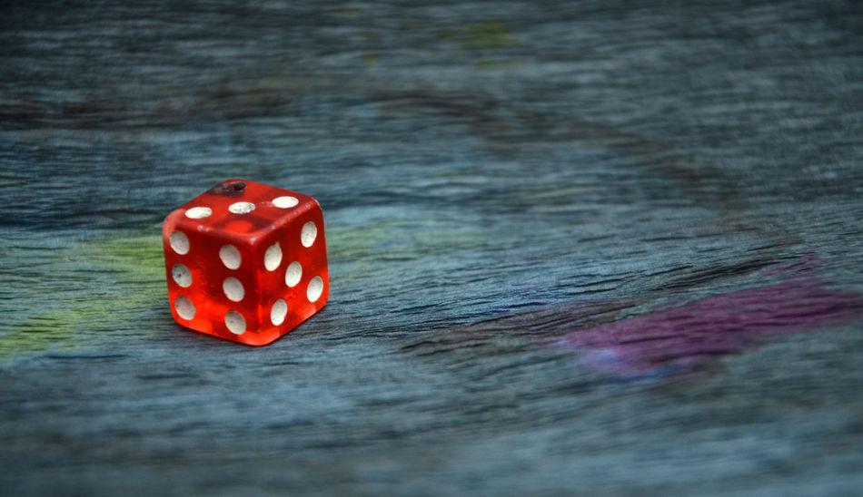 red dice Black Cube Dark Dice Five Gambling Gambling Addiction Luck Number Red