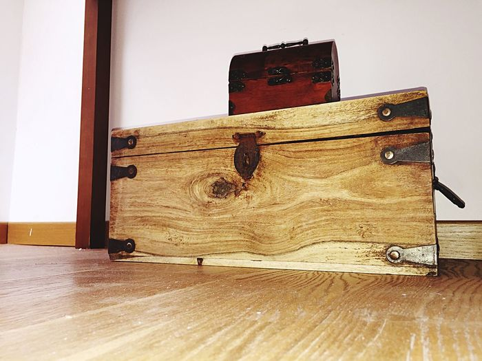 Treasure box Wood - Material Indoors  Wall - Building Feature Close-up Wooden Hardwood Floor Memories No People Man Made Object