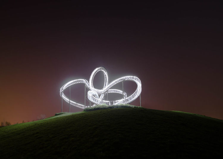 Ferris Wheel Illuminated Light Trail Motion Night No People Outdoors Ruhrgebiet Sky Tiger And Turtle – Magic Mountain Wire Wool The Secret Spaces Welcome To Black The Great Outdoors EyeEm Selects