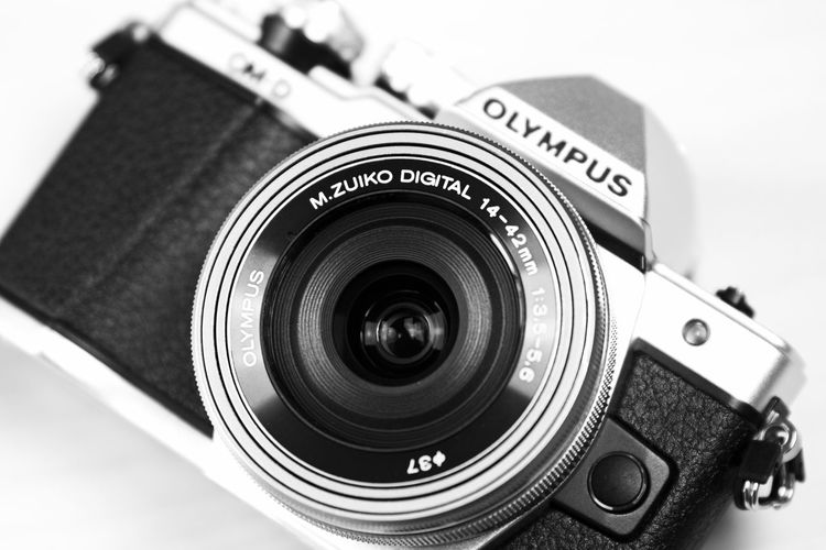 #3XSPUnity Blackandwhite Camera - Photographic Equipment Check This Out Close Up Close-up Day Digital Camera EyeEm Film Industry Lovephotography  No People Olympus Om-d E-m10 Photographic Equipment Photography Themes SLR Camera Studio Shot Technology Vintage Camera White Background
