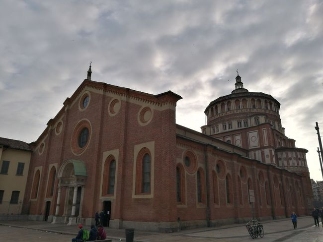 Santa Maria delle Grazie just after dawn Historical Building Italy Arts Culture And Entertainment Dramatic Sky Bell Tower History Architecture Italian History Milanese Cathedral Milan Milano Milan,Italy Chruch Italian Church Dawn Dawn Collection Morning Sky City Politics And Government Dome Place Of Worship Religion History Arch Spirituality Façade Sky Cupola Monument Civilization Sculpture Ancient Civilization Archaeology Statue