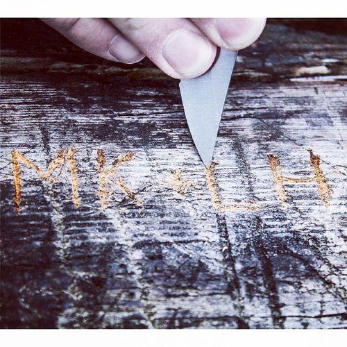 Dag 148 - Tolvan Tolvan Fisksätra Throwbackthursday  Knife kniv rista gammalkärlekrostaraldrig happy vi