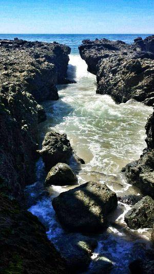 Enjoying Life Beautiful Nature On The Rocks Ocean Breaths Salty