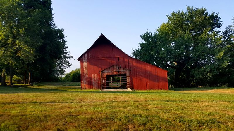 Farmhouse Red Red Color Outdoor Photography Senery Outside