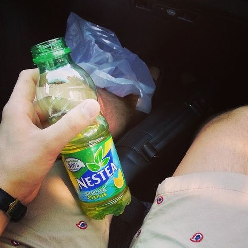 Hot day! ??? Nestea Saturday Polish_boy Drink cuz its hot food lovely citrus flavoured content yolo sunny_day hairy legs vscm vscocam