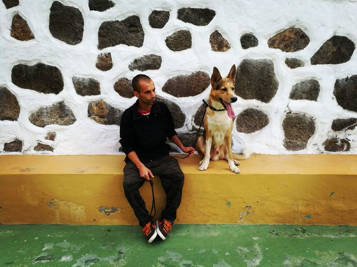 Full Length Leisure Activity Lifestyles Casual Clothing Person Pets Togetherness Young Adult Domestic Animals Day Outdoors Doglife Doglovers Dogsofeyeem Best Friends Gran Canaria Spain♥ Beautifully Organized What Who Where My Year My View The Portraitist - 2017 EyeEm Awards The Portraitist - 2017 EyeEm Awards Pet Portraits