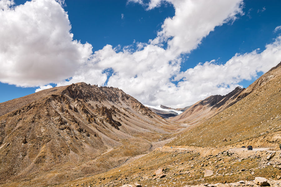 Arid Climate Beauty In Nature Blue Cloud Cloud - Sky Cloudy Day Geology Himalayan Range Himalayan Road Idyllic India Landscape Leh Ladakh.. Mountain Mountain Range Nature Non-urban Scene Outdoors Physical Geography Rock Formation Scenics Sky Tranquil Scene Tranquility