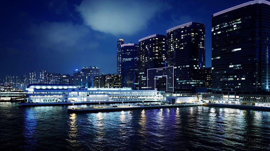 Gateway HongKong Discoverhongkong Leica Leicaq Nightphotography Streetphotography Buildings Gateway 香港 夜景 EyeEm Best Edits EyeEm Best Shots EyeEmBestPics EyeEm Gallery Harbour Blue The Architect - 2016 EyeEm Awards