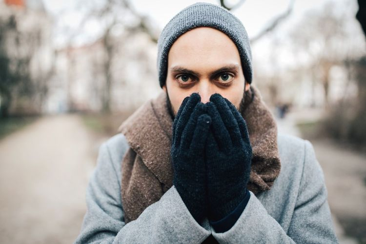 Cold fingers Warmingup Full Frame Wintertime Eye Contact Caucasian Model Man Young Men Cold Hands Cold Fingers Selective Focus portrait of a friend Gloves Winter Gloves One Person Looking At Camera Warm Clothing Winter Portrait Scarf Shades Of Winter Front View Cold Temperature Real People Young Adult Adult Close-up Lifestyles Outdoors Focus On Foreground