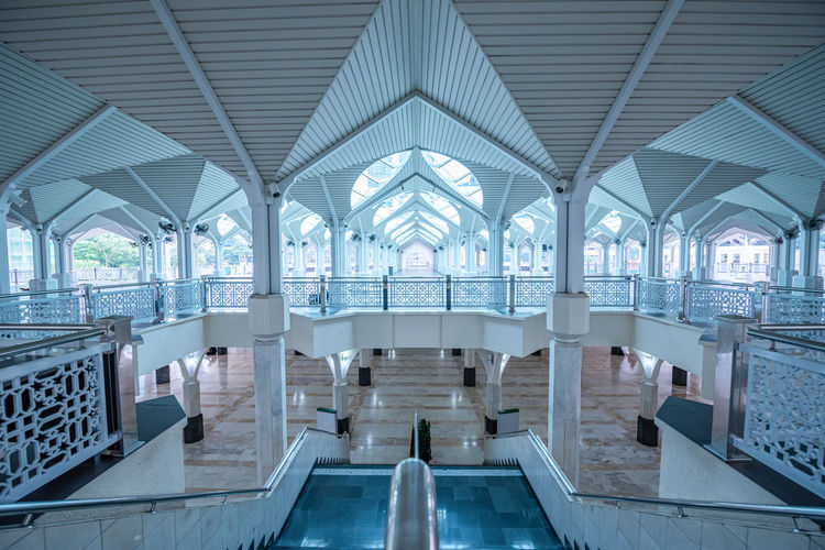 View of an empty swimming pool