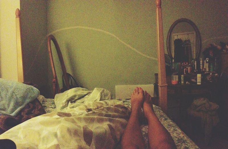 Late nights, ugly tan, and Netflix to tie it all together Nosleep  Ihatecommercials Room