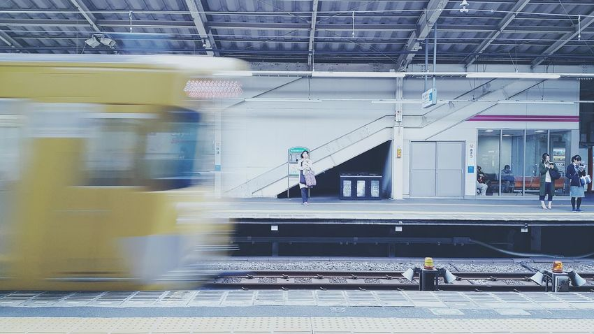 Japan Photos Subway Platform Waiting Public Transportation Traveling From My Point Of View Samsung Galaxy Note 4 Taking Photos Fresh Scent Light And Shadow Snapshot Eye4photography  Streamzoofamily Need For Speed Ultimate Japan