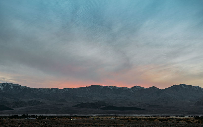 Mountain Sky Scenics - Nature Beauty In Nature Mountain Range Tranquil Scene Cloud - Sky Tranquility No People Nature Water Sunset Environment Idyllic Landscape Non-urban Scene Outdoors Remote Lake Romantic Sky Mordor Mordor-sky