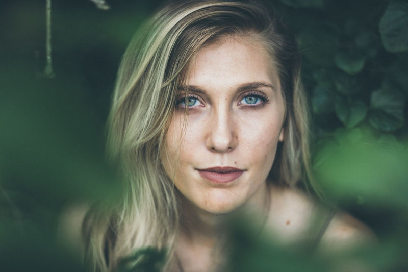 EyeEm Selects Portrait Only Women Beauty One Woman Only Beautiful Woman Beautiful People Adult One Person One Young Woman Only Young Adult Looking At Camera Adults Only Human Face People Blond Hair Blue Eyes Young Women Human Body Part Headshot Women Front View BestofEyeEm Flower Beauty In Nature