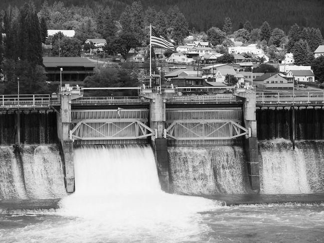 Beautiful Dam Flag... American Flag Flag Dam Water Dam River Dam Rushing Water Water Crashing Waves  Water Ripple Water Ripples