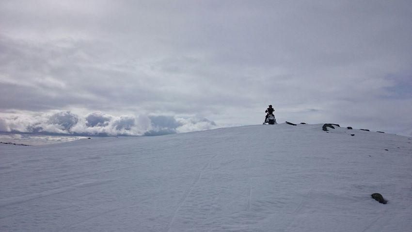 No Edit/no Filter Snow Skidoo Mountain View Skoter