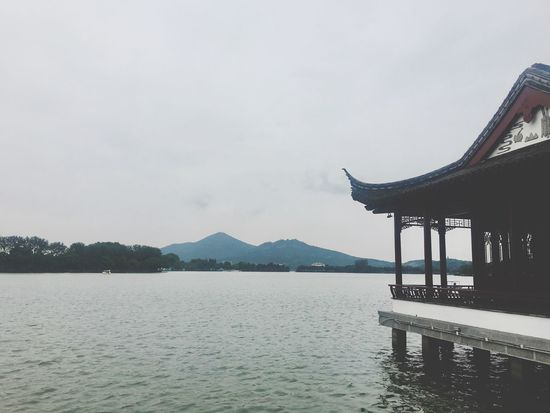 Built Structure Architecture Water No People Day Sky Nature Outdoors Lake Scenics Beauty In Nature Mountain Building Exterior