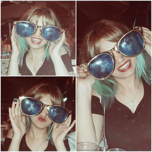 Yeni gözlüklerim 😎😎 daha büyüğünü bulamadım 😜🙊✌ Glasses Glass Gozluk Iyigeceler gözlüklerimşekilönümdençekil