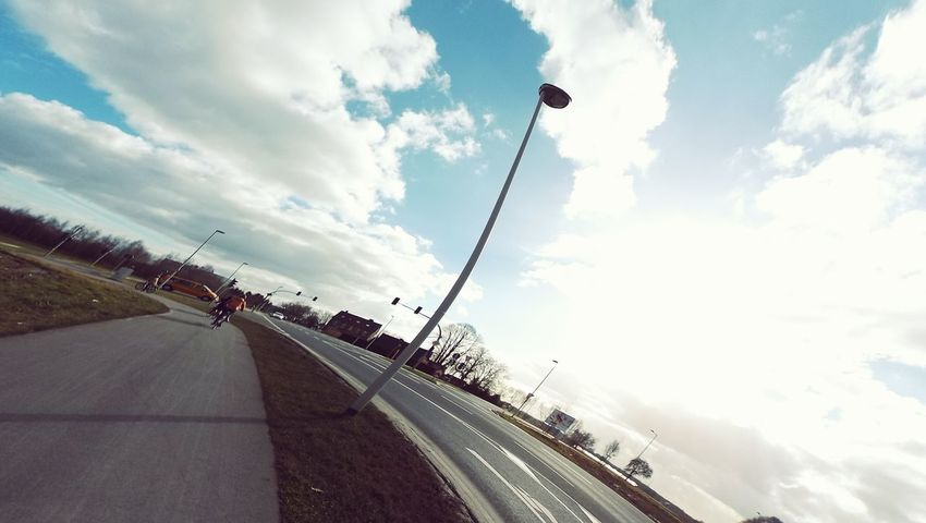 Venlo, Netherlands 2015. On the way to Germany by bike. Such a blue sky, thats what I like most in Europe! Say Hi to 久違的藍天與白雲 :-*