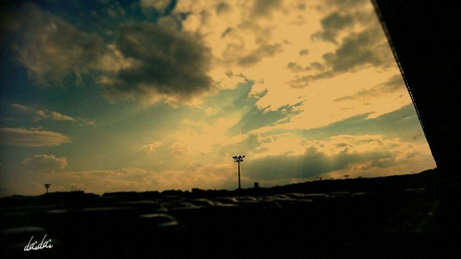 天使の梯子 Lento Camera Sky And Clouds Silhouette Angelsladder