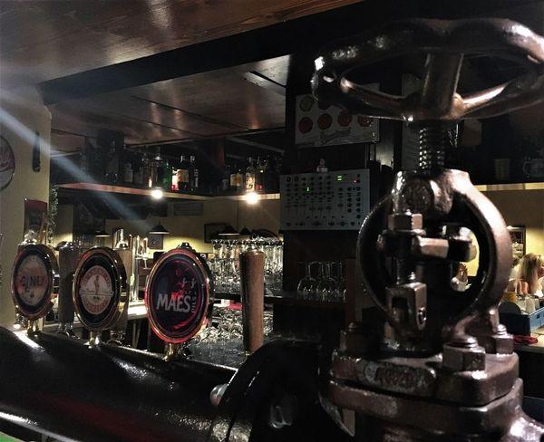 At the pub..... Biers & Bars Pub The Week On EyeEm Indoors  Night Pressure Gauge Technology