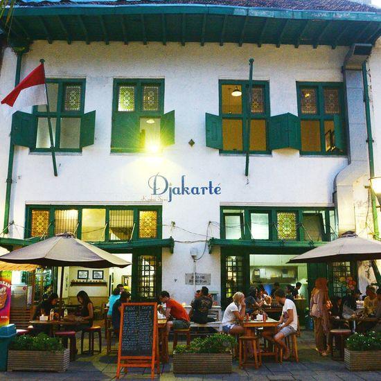 Djakarté. JakartaStreet Jakartastreetphotography Jakarta Indonesia Kotatuajakarta Streetphotography Streetart Street Photography Street Art Streetphoto Street Life First Eyeem Photo