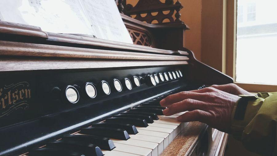 Music Human Hand Musician Close-up Old Organ Antique Antique Organ Historical Adventist Village Battle Creek