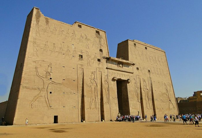 Architecture Egyptian Egyptology Egypt Temple Travel Photography Traveling Amazing Place Edfu Temple There Be Dragons