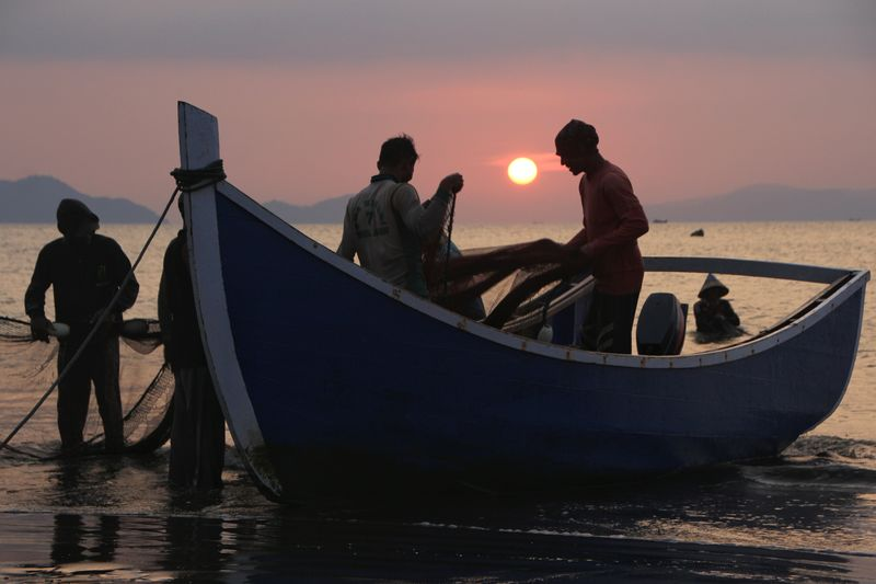 the Fisherman Photography Aceh Culture Aceh INDONESIA Sunset Fish Nautical Vessel Water Sea Full Length Fisherman Group Of People Silhouette Men Sport Occupation Surf Fishing Rod Fishing Net Fishing Industry Shore Crashing Fishing Equipment Catch Of Fish Fishing Tackle Tide Trawler Fishing Fish Market Fishing Pole Buoy Coast Myanmar Culture