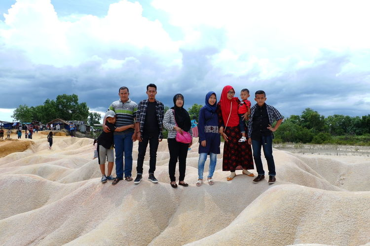 my family People Sky Sand Cloud - Sky Outdoors Enjoyment Day Large Group Of People Lifestyles Nature