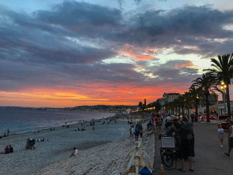 Beach Photography Citylights✨ France🇫🇷 Nizza Nizza And The Sea Nizzabynight Palm Beach Clouds Beach Promenade Beach Sunset Citylights Cloud - Sky Nice Palm Beach