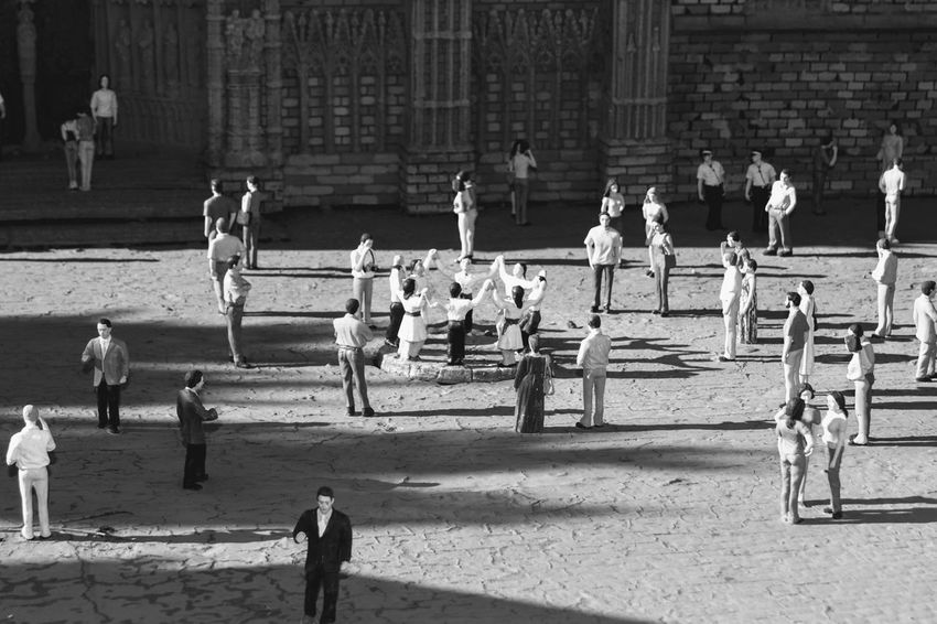 Barcelona Barcelona♡♥♡♥♡ Black & White Catalunya Catalunya En Miniatura Dance Miniatures Representing Sardanas Architecture Black And White Blackandwhite Lifestyles Miniature Mock Up Representation Typical Dances