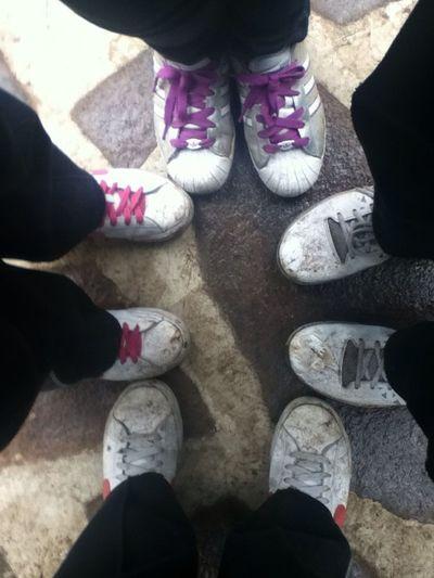 Nuestros Tenis Todos Sucios :)