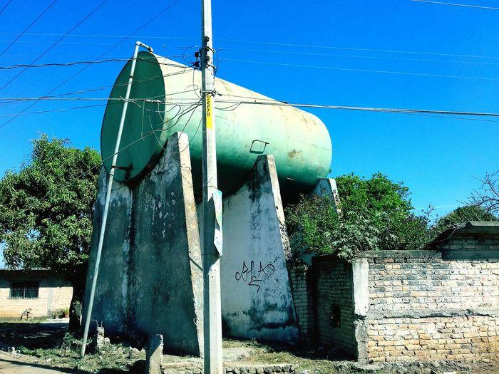 Cosas de la vida SanCayetano Tinaco Agua