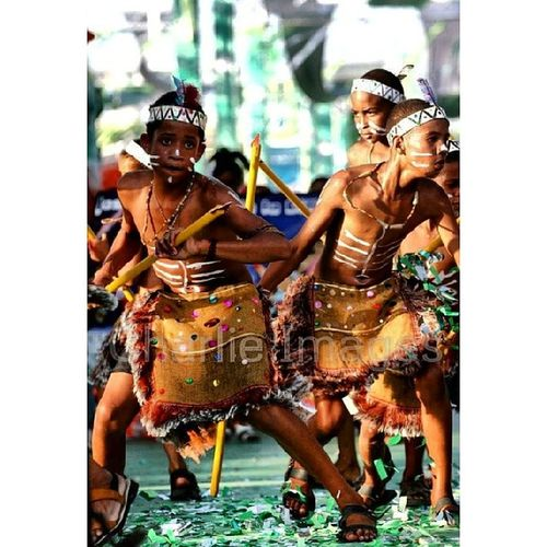 Tainos [Photo/Charlie Images] Photojournalism Streetphoto Cnnireport Carnival dr