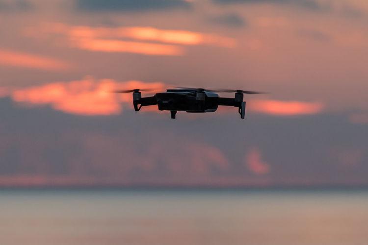 Drone photography Dronephotography Dronephotography Uav Dji Djimavicair EyeEm Selects EyeEm Dronepilot Drone Pilot Sunset_collection Romantic Sky Seascape Inflight City