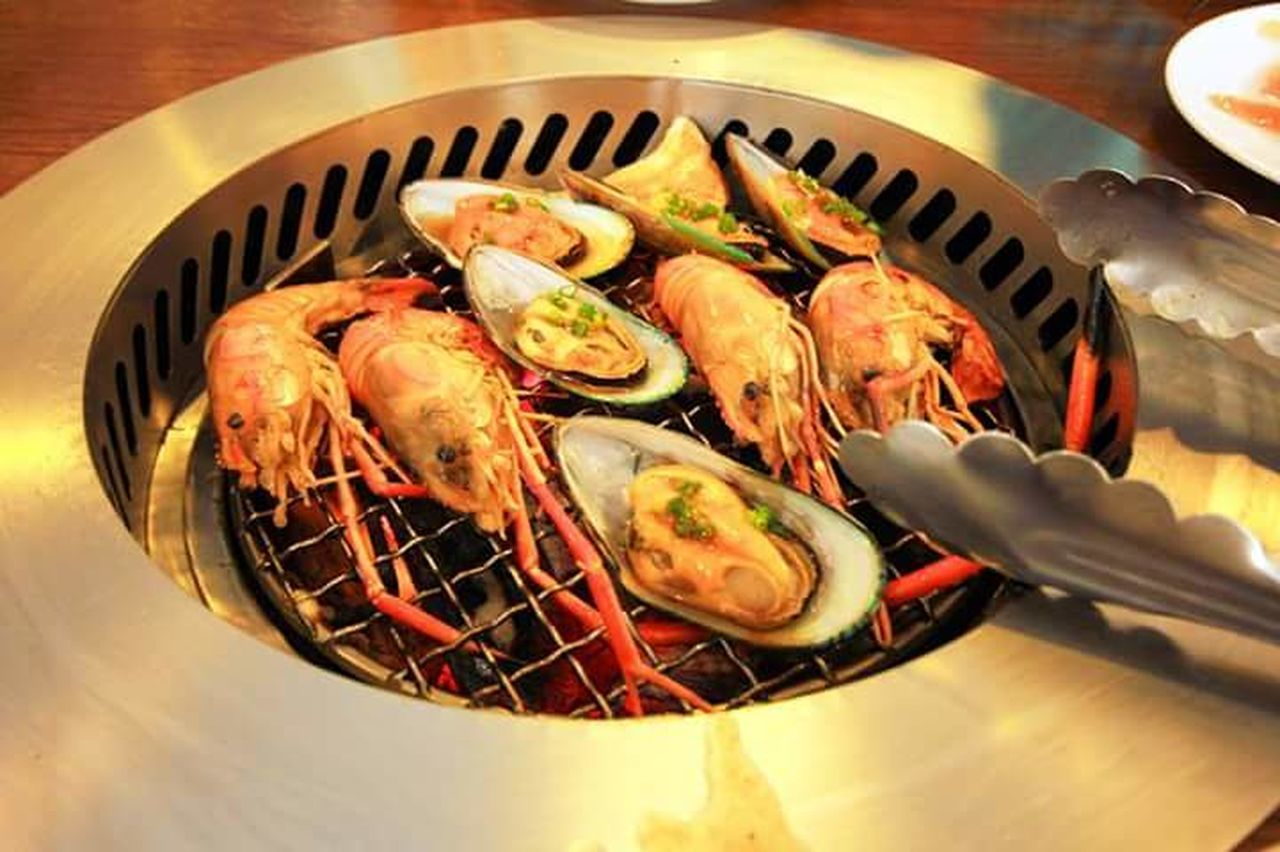 food and drink, seafood, food, healthy eating, high angle view, no people, indoors, freshness, close-up, ready-to-eat, day