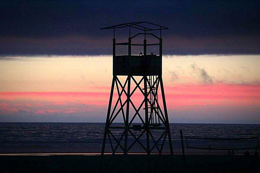 Baywatch Lifeguard Tower Streamzoofamily Tadaa Community Hello World Vacation
