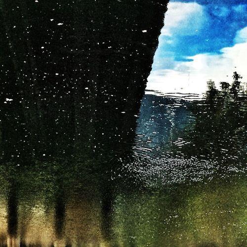Sous les ponts Sherbrooke under the bridges