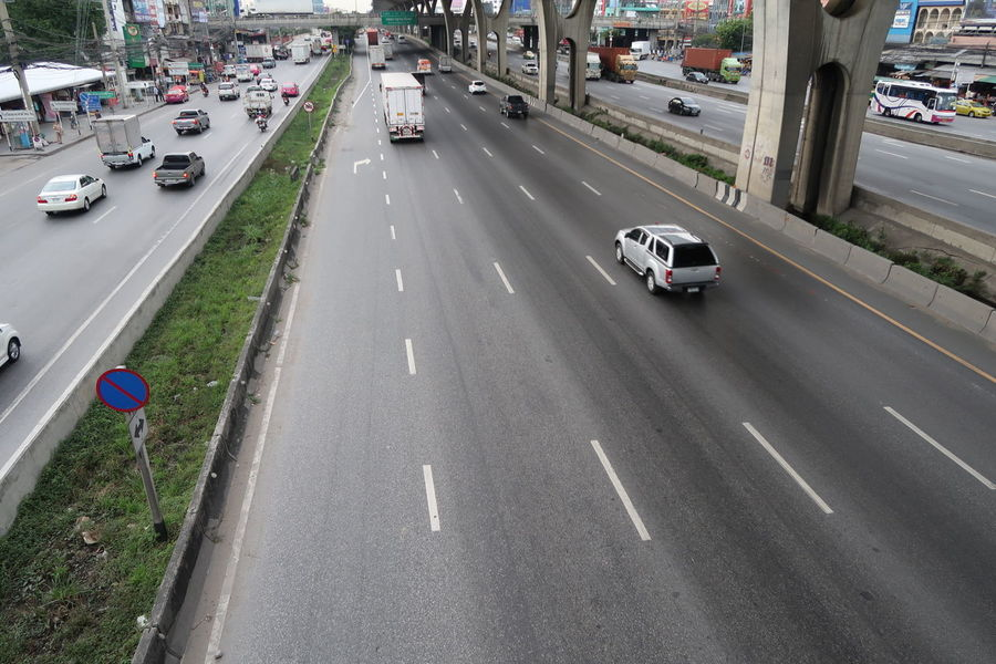 Car Traffic Street Transportation Road City Street High Angle View Mode Of Transport Driving City Day Land Vehicle Outdoors City Life In Thailand White Line Road Signs Motor Way Road Concrete Highway Architecture Transportation Cityscape Bangna-Trad Road